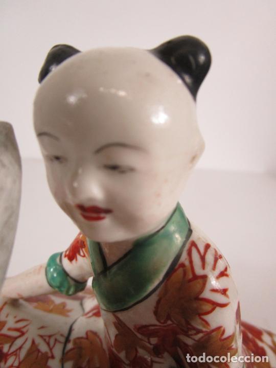 Antigüedades: Espectacular Sopera Imari, Japón - Época Meiji - Loza Policromada -Sello en la Base -Peana en Madera - Foto 18 - 216767866
