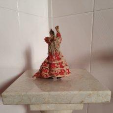Antigüedades: FIGURA DE GITANA REALIZADA EN TRAPO. Lote 216806010