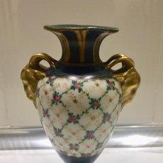 Antigüedades: PAREJA JARRONES PORCELANA PARIS S-XIX. Lote 216823130