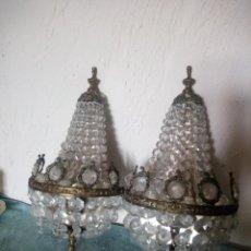 Antiquités: LOTE DE 2 ANTIGUOS APLIQUES DE PARED DE BRONCE Y CRISTAL DE ROCA,PRECIOSOS.. Lote 216836048