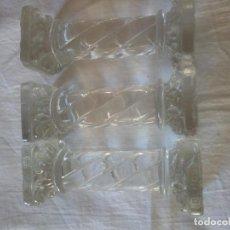 Antigüedades: LOTE DE 3 POSA CUBIERTOS DE CRISTAL DE BOHEMIA FORMA DE TORRE GRIEGA.. Lote 216837545
