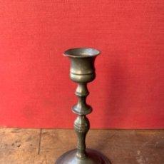 Antigüedades: CANDELABRO DE PELTRE ANTIGUO. Lote 216848276