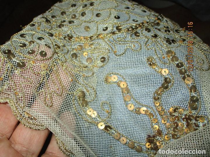 Antigüedades: MUY antiguo palio O PRENDA DE MUJER O VIRGEN bordado con hilos de SEDA Y oro - Foto 9 - 216856861
