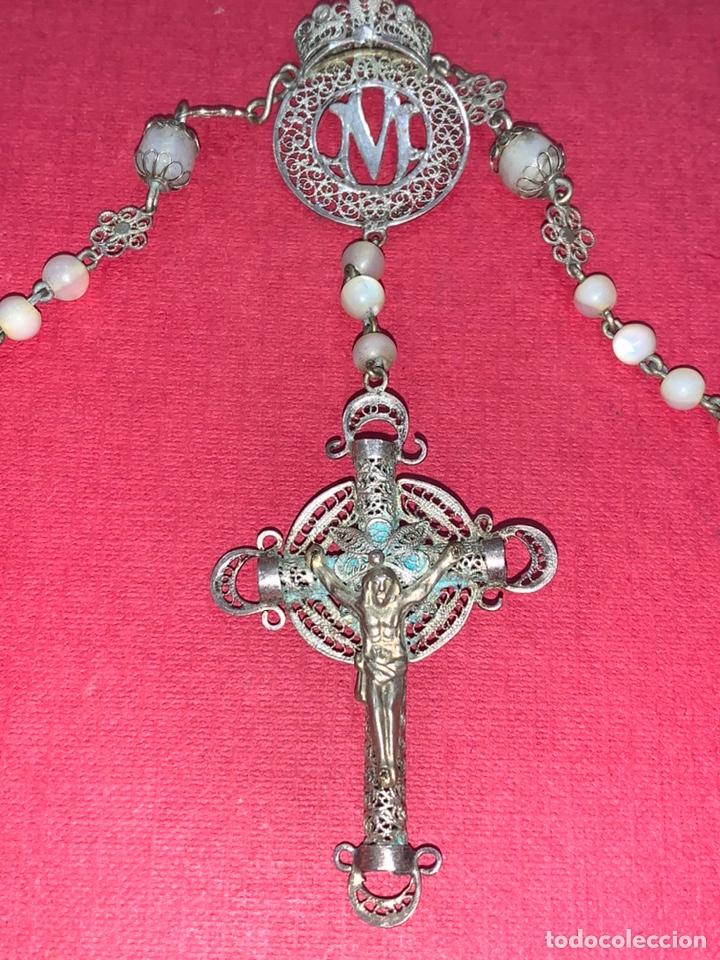 Antigüedades: Fantástico rosario antiguo en filigrana de plata y nácar. Isabelino. Siglo XIX - Foto 2 - 216868683