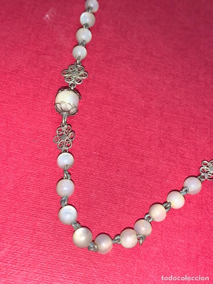 Antigüedades: Fantástico rosario antiguo en filigrana de plata y nácar. Isabelino. Siglo XIX - Foto 3 - 216868683