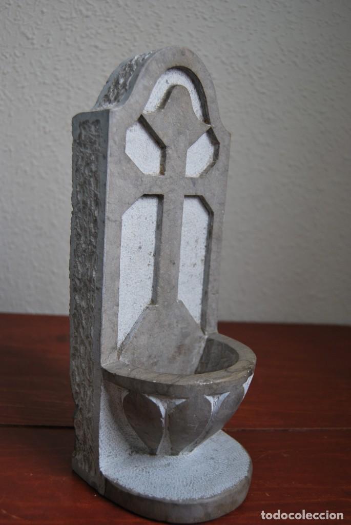 Antigüedades: ANTIGUA BENDITERA DE PIEDRA TALLADA - Foto 3 - 216960337