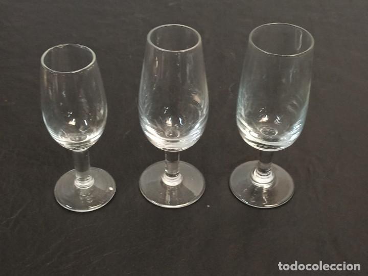 Antigüedades: 3 copas de fino distintas. C22 - Foto 2 - 216964131