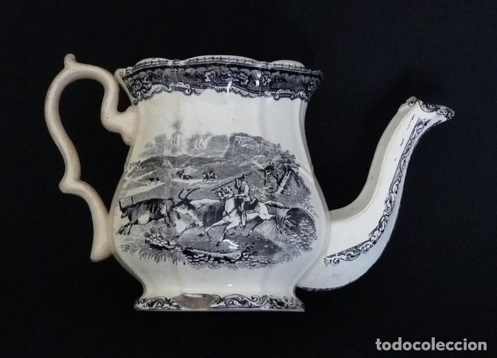 Antigüedades: Tetera estampada de ceramica de Cartagena - Foto 5 - 216967448