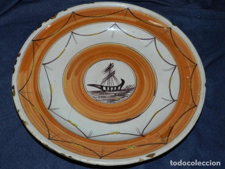 (ML) PLATO ANTIGUO DE RIBESALBES TEMA NAVEGACION ( BARCO ) , 33 CM, SEÑALES DE USO NORMAL (Antigüedades - Porcelanas y Cerámicas - Ribesalbes)