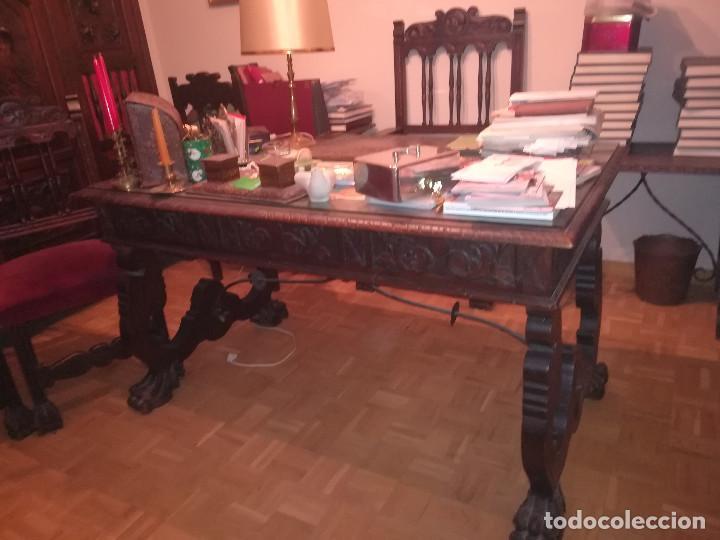 DESPACHO COMPLETO EN MADERA TALLADA (Antigüedades - Muebles Antiguos - Mesas de Despacho Antiguos)