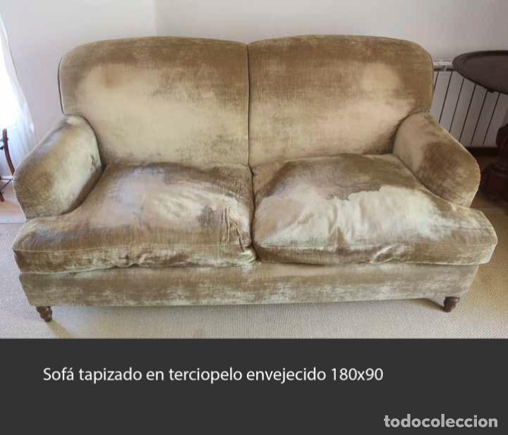 SOFÁ TAPIZADO EN TERCIOPELO ENVEJECIDO 180 X 90 (Antigüedades - Muebles Antiguos - Sofás Antiguos)