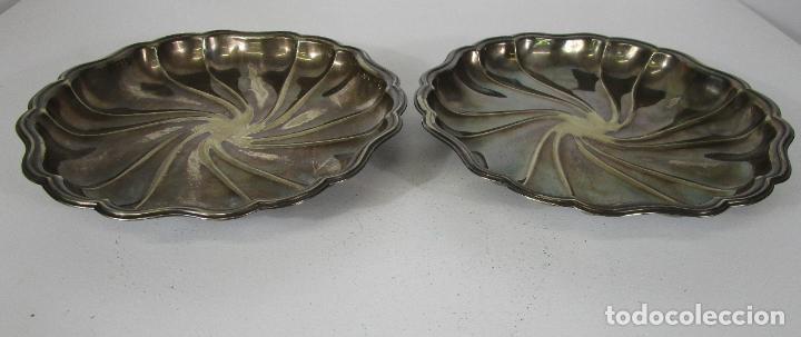 Antigüedades: Decorativa Pareja de Bandejas Plateadas - Baño de Plata - Diámetro - 38 cm - Foto 14 - 217245275
