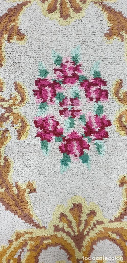 Antigüedades: ALFOMBRA ARTESANAL DE LANA ORIGEN ESPAÑA - Foto 3 - 217246922