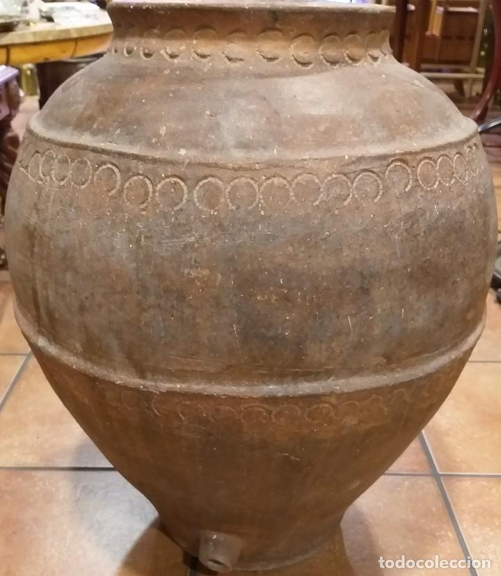 Antigüedades: TINAJA BARRO ANTIGUA DE VINO S XIX CALANDA SE UTILIZABA PARA LA CONSERVACIÓN DEL VINO. - Foto 3 - 217269638