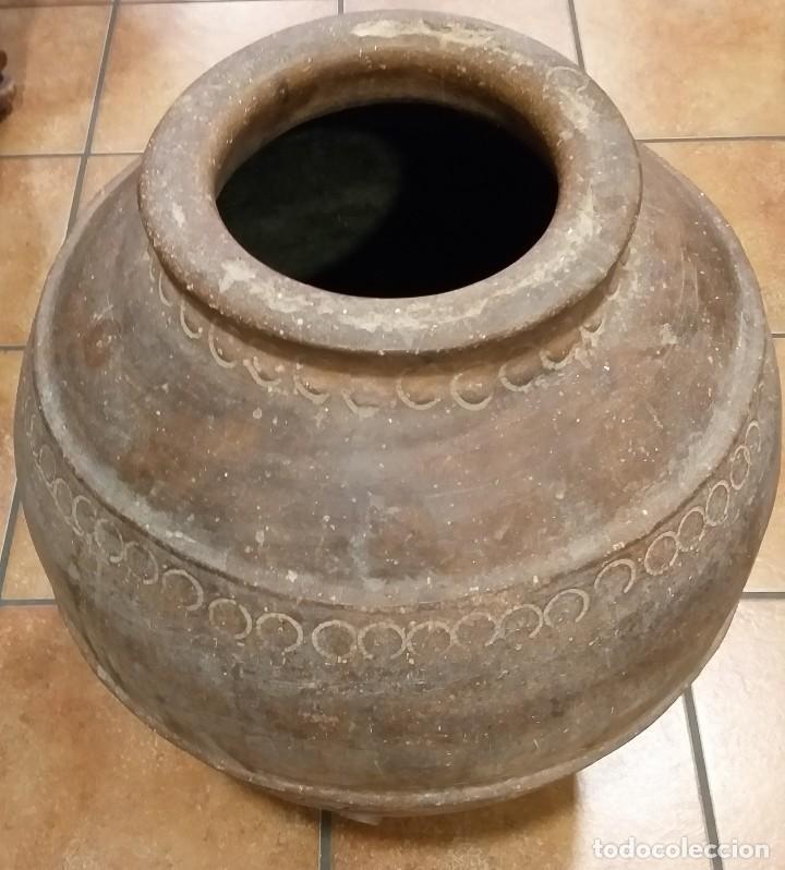 Antigüedades: TINAJA BARRO ANTIGUA DE VINO S XIX CALANDA SE UTILIZABA PARA LA CONSERVACIÓN DEL VINO. - Foto 4 - 217269638