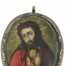 Antigüedades: RELICARIO DEVOCIONARIO -ECCE HOMO- ESCUELA COLONIAL SG XVII ÓLEO SOBRE COBRE Y CAREY. Lote 217433423