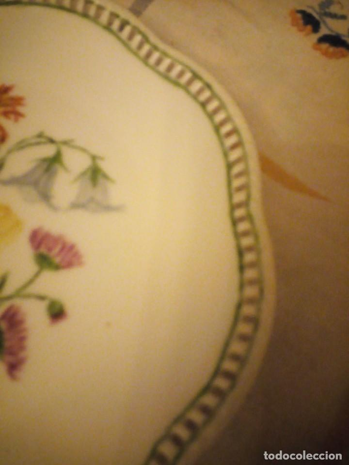 Antigüedades: Precioso plato de galletas calado de porcelana schumann bavaria,pintado a mano. - Foto 3 - 217505961