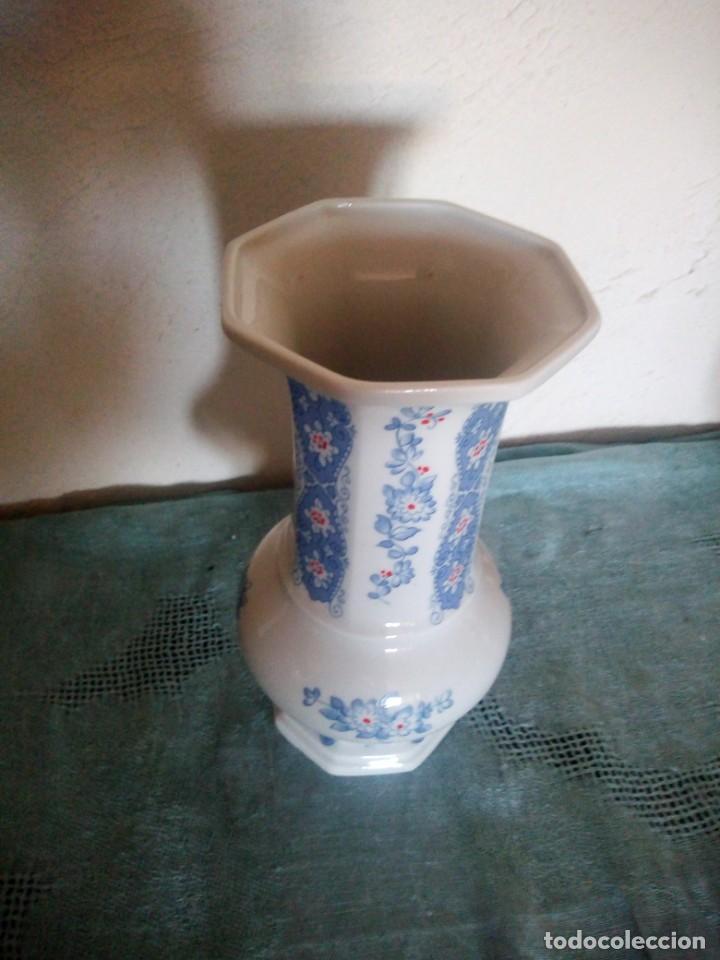 Antigüedades: Precioso jarron de porcelana fine china lichte made in gdr - Foto 6 - 217513661