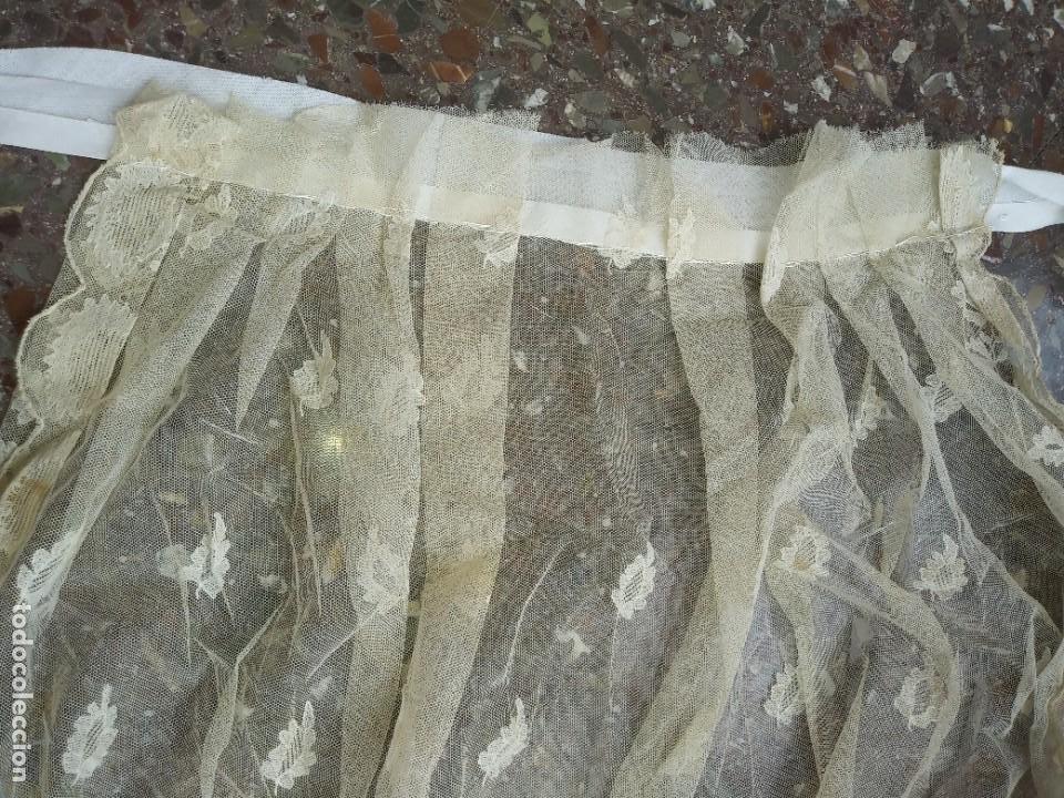 Antigüedades: ANTIGUO TUL BORDADO DELANTAL LEER - Foto 5 - 217517087