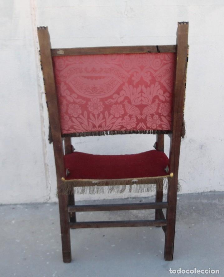 Antigüedades: Sillon frailero deSXIX en madera de nogal, respaldo de brocado y asiento de terciopelo - Foto 8 - 217517887