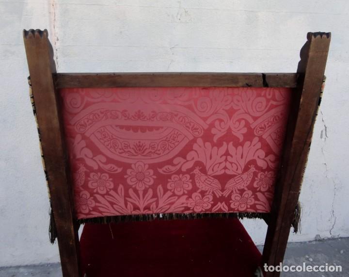 Antigüedades: Sillon frailero deSXIX en madera de nogal, respaldo de brocado y asiento de terciopelo - Foto 9 - 217517887