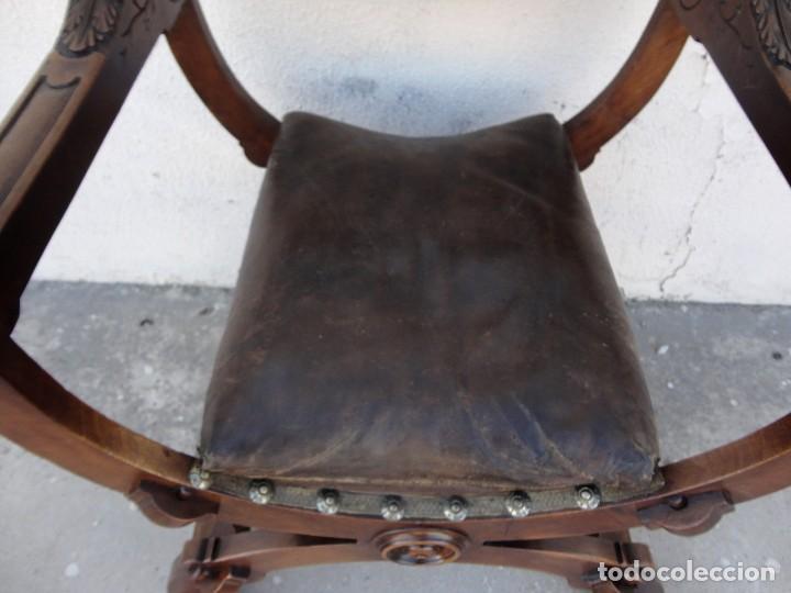 Antigüedades: Jamuga antigua en madera de nogal tallado - Foto 4 - 217518103