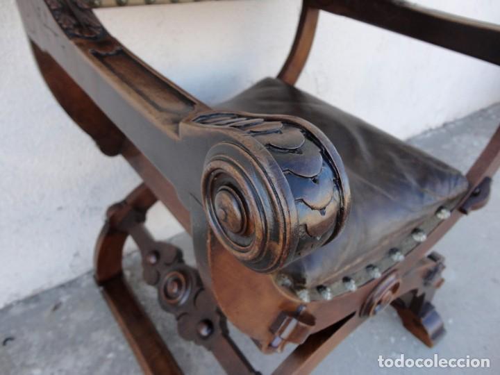 Antigüedades: Jamuga antigua en madera de nogal tallado - Foto 5 - 217518103