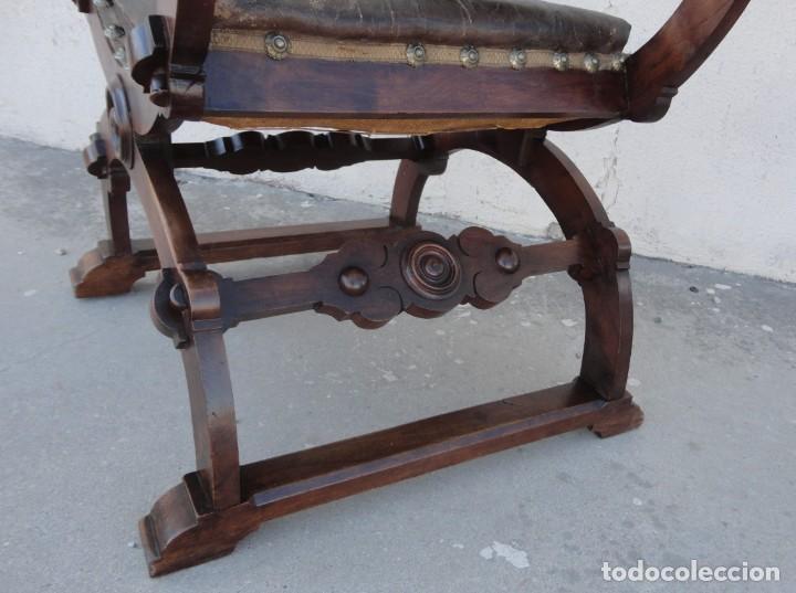 Antigüedades: Jamuga antigua en madera de nogal tallado - Foto 9 - 217518103
