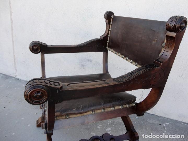 Antigüedades: Jamuga antigua en madera de nogal tallado - Foto 10 - 217518103
