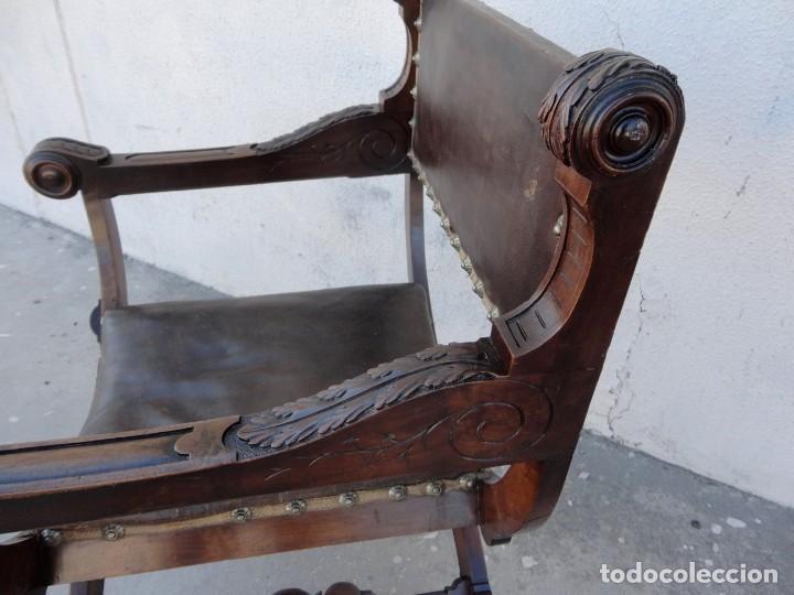Antigüedades: Jamuga antigua en madera de nogal tallado - Foto 12 - 217518103