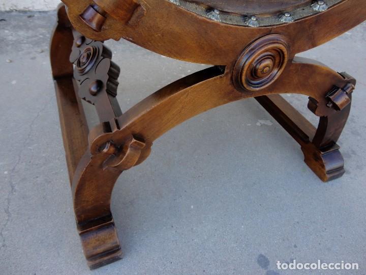 Antigüedades: Jamuga antigua en madera de nogal tallado - Foto 19 - 217518103