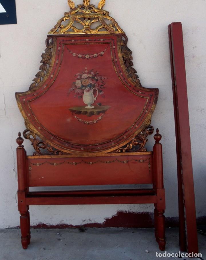 Antigüedades: Cama antigua de Olot, tallada y policromada de 120 - Foto 2 - 217523166