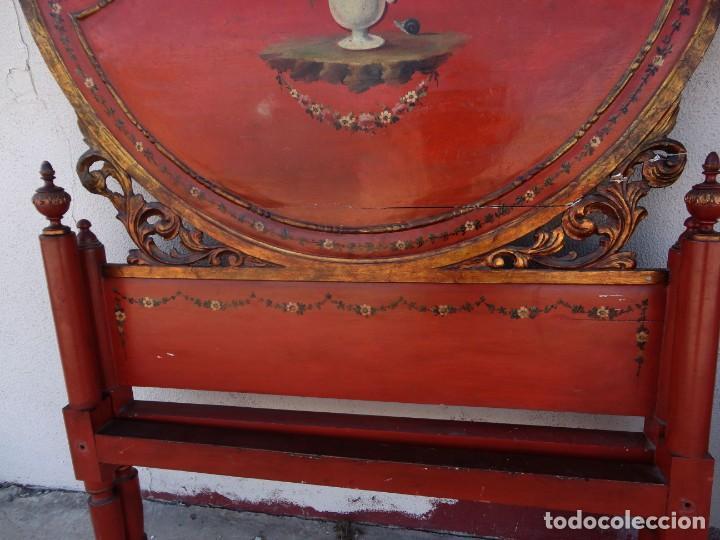 Antigüedades: Cama antigua de Olot, tallada y policromada de 120 - Foto 5 - 217523166