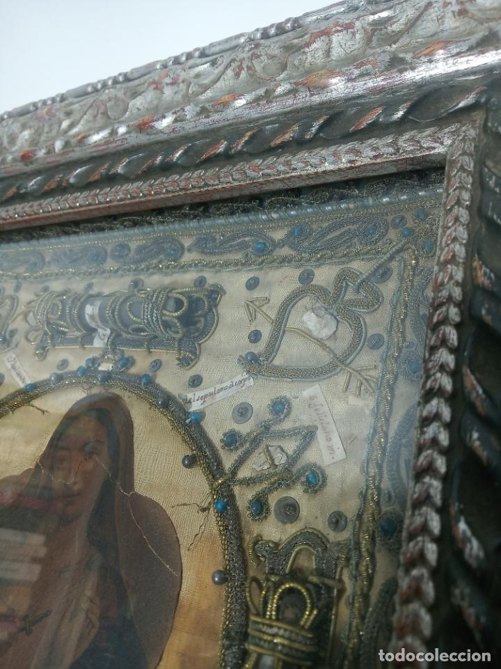 Antigüedades: Imponente relicario con 14 reliquias. Siglo XVII. Bordado en oro. Extraordinaria elaboración. - Foto 5 - 217561282