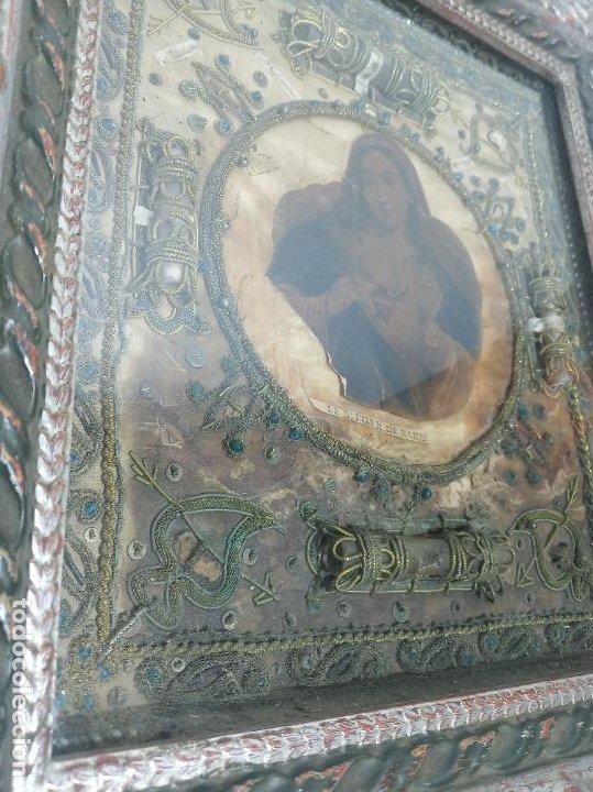 Antigüedades: Imponente relicario con 14 reliquias. Siglo XVII. Bordado en oro. Extraordinaria elaboración. - Foto 7 - 217561282