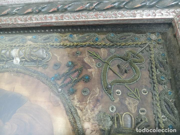 Antigüedades: Imponente relicario con 14 reliquias. Siglo XVII. Bordado en oro. Extraordinaria elaboración. - Foto 12 - 217561282