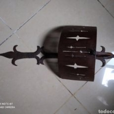 Antigüedades: APLIQUE DE FORJA ANTIGUO. Lote 45128638