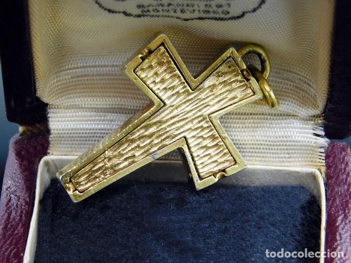 Antigüedades: ANTIGUO RELICARIO CRUZ CUSTODIA DOBLE CARA INTERIOR RELIQUIA FOSILIZADA DE SANTO - COLGANTE - FOTOS - Foto 13 - 217608468