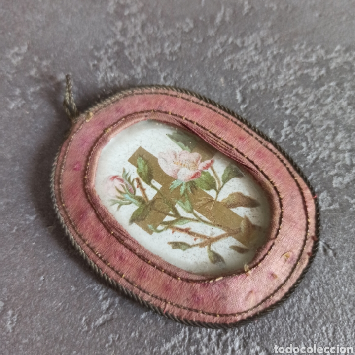 Antigüedades: Antiguo escapulario de seda y cristal cruz - Foto 2 - 217712898
