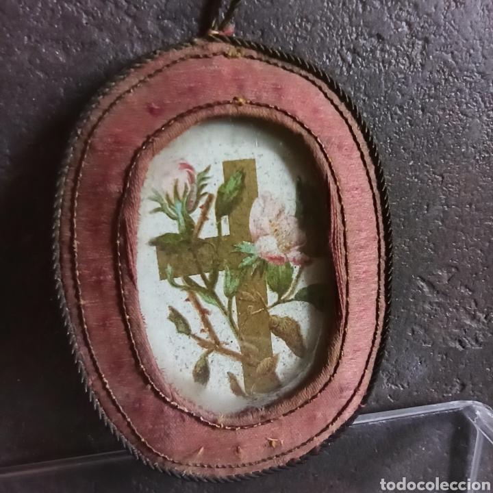 Antigüedades: Antiguo escapulario de seda y cristal cruz - Foto 5 - 217712898