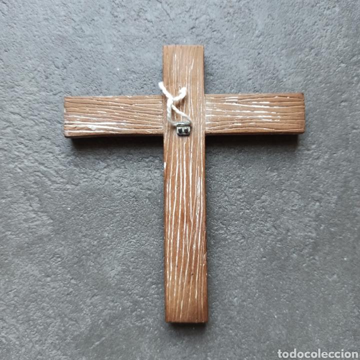 Antigüedades: Cruz de Madera y Cristo de Metal / Crucifijo de 10cm x 9cm / Jesús Jesucristo - Foto 3 - 193258942