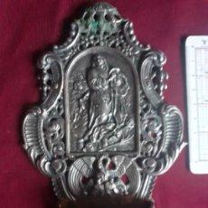 Antigüedades: ROBUSTA BENDITERA DE PLATA CONTRASTADA. Lote 217741128
