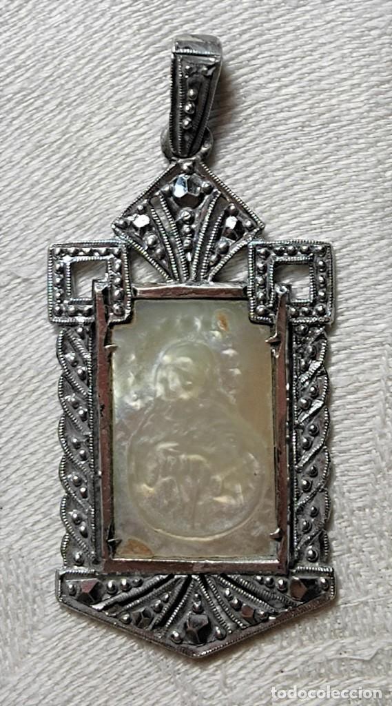MEDALLA VIRGEN CON INICIALES 'C.R.'. PLATA, NÁCAR Y MARCASITAS. ESPAÑA. 1918 (Antigüedades - Religiosas - Medallas Antiguas)