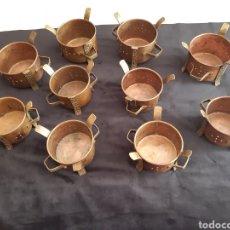 Antigüedades: LOTE DE DIEZ ANTIGUOS PORTAVELAS DE COBRE Y BRONCE TERA-INDIA. Lote 217810040