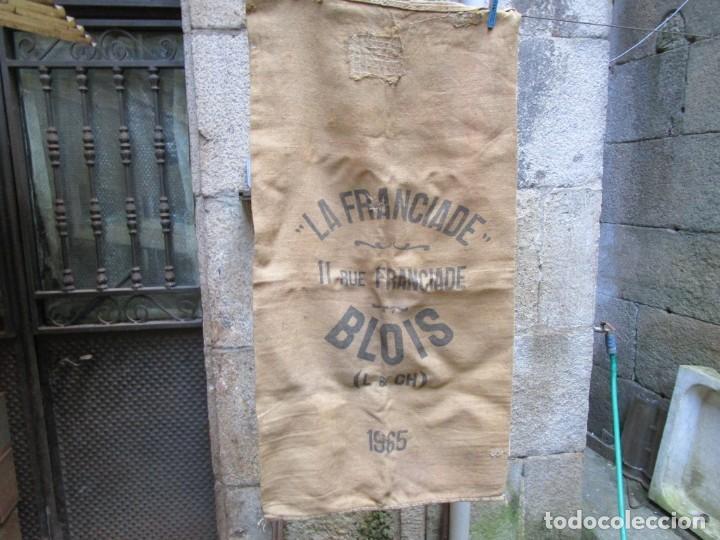 SACO ARPILLERA YUTE ' LA FRANCIADE BLOIS ' 1965, 130X66CM, VARIOS ZURCIDOS EPOCA 800GR + INFO (Antigüedades - Técnicas - Rústicas - Agricultura)