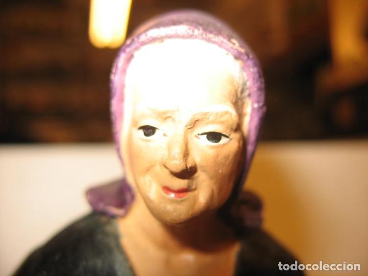Antigüedades: figuras de pesebre grandes mujeres 22cm. alto - Foto 13 - 217882637