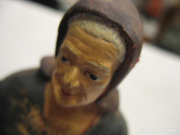 Antigüedades: figuras de pesebre grandes mujeres 22cm. alto - Foto 20 - 217882637