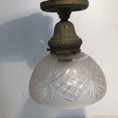Antigüedades: LAMPARA PLAFON DE TECHO DE CRISTAL ANTIGUA.. Lote 217891007