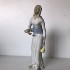 Antigüedades: FIGURA - TITO SEGOVIA. Lote 217921188