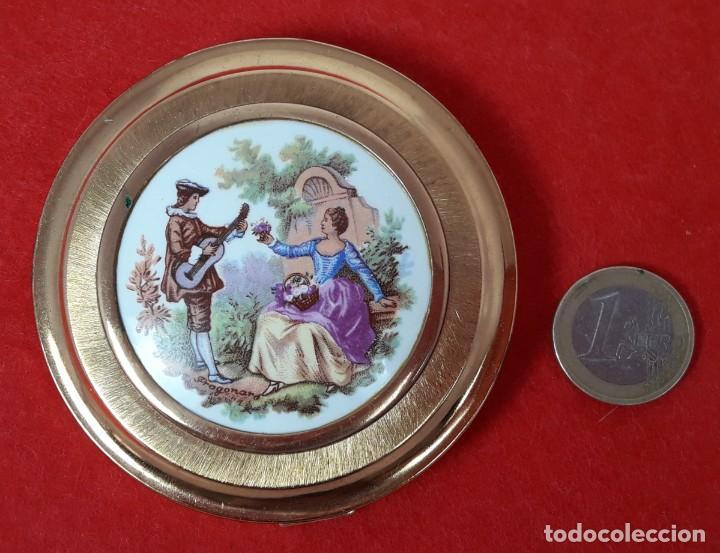 Antigüedades: POLVERA CON ROSETON DE PORCELANA DE LA CASA VITAMOL - AÑOS 60 - Foto 4 - 217935958